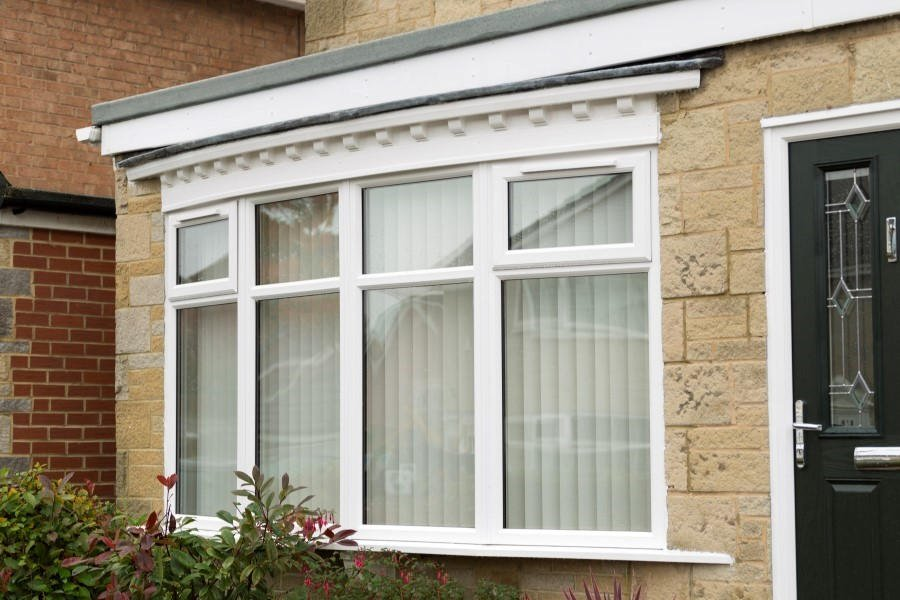 Upvc double glazed bay windows safestyle uk for Discount bay windows