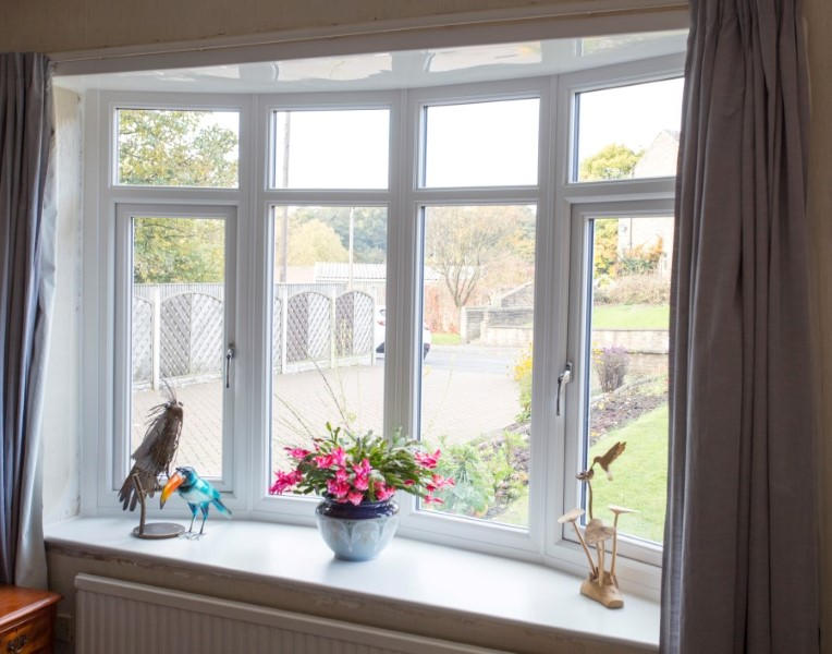 Upvc double glazed bay windows safestyle uk for Discount bay windows