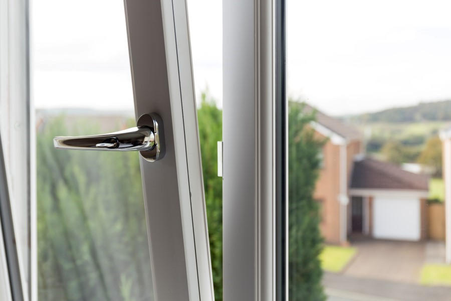 Handing Tilt Turn : Upvc tilt and turn windows safestyle uk
